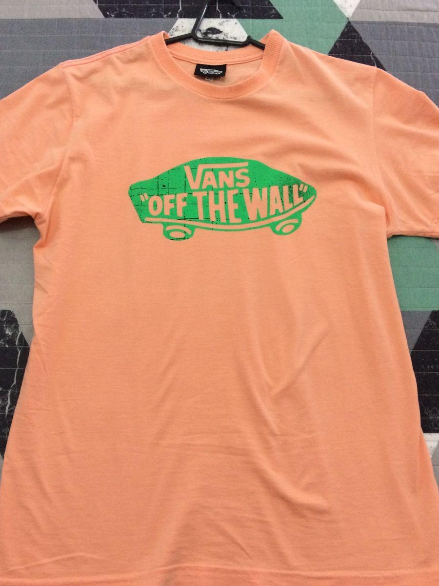f18f58a77 camiseta vans 20 reais - camisas vans.  Czm6ly9wag90b3muzw5qb2vplmnvbs5ici9wcm9kdwn0cy84nta5nje4l2i4mjy5njdlmtdkyju3zthlotblngu1mjq0ztjkmznjlmpwzw  ...