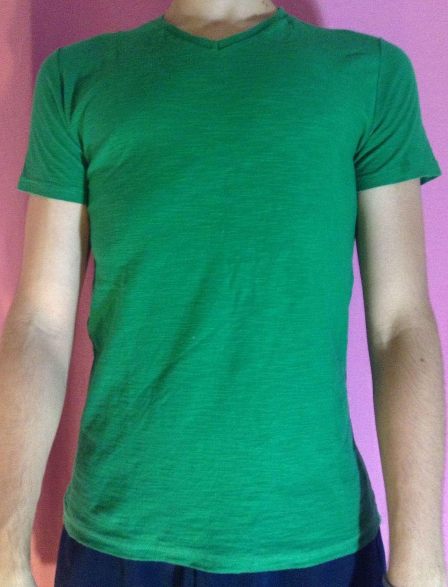 e0b4d00bd0 camiseta verde gola v hering - camisetas hering.  Czm6ly9wag90b3muzw5qb2vplmnvbs5ici9wcm9kdwn0cy81ota0nte5lznindbiytzkndvmmwiyymywymizngflmwyynzvlodhjlmpwzw