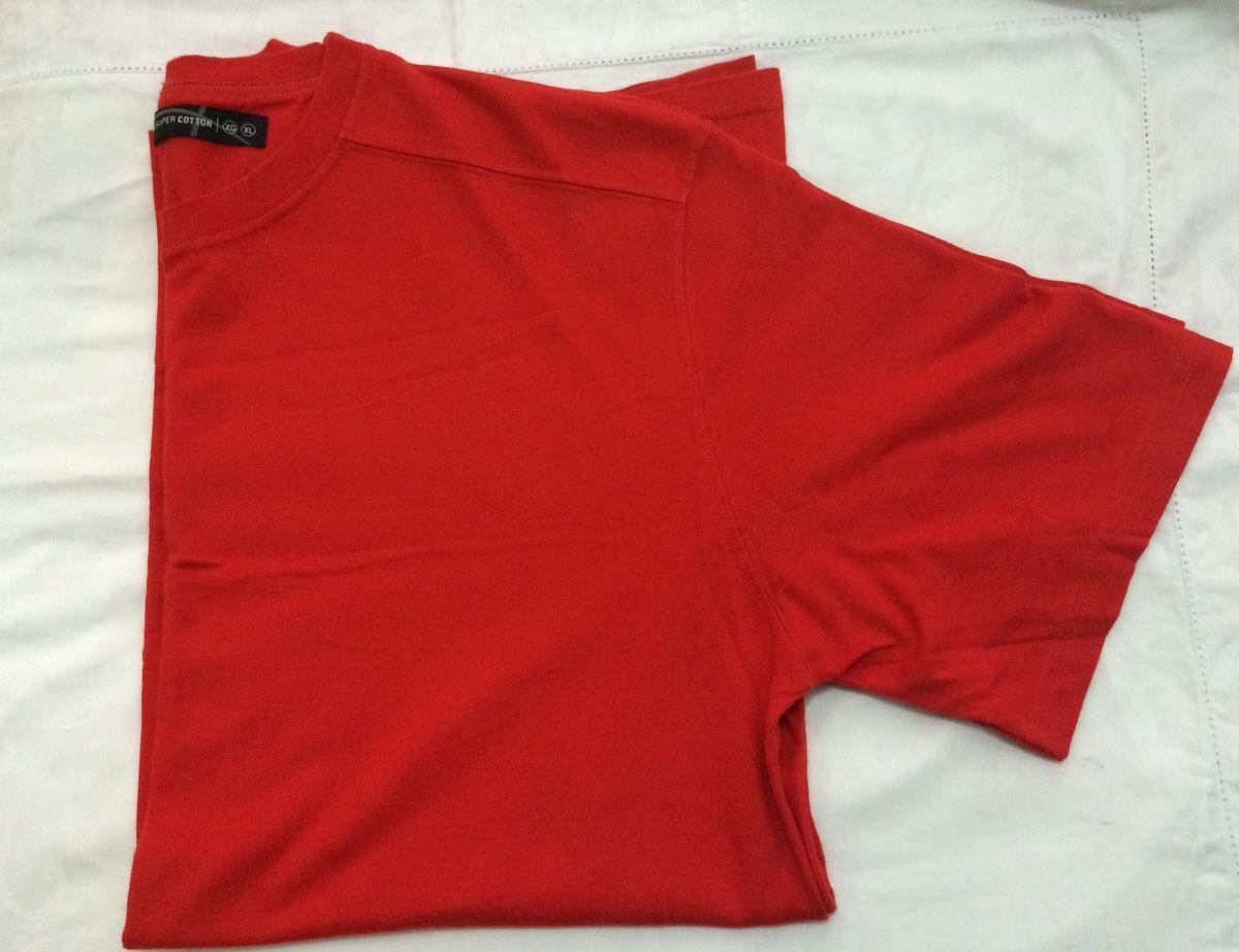 b702b2fd9 camiseta vermelha básica - camisetas hering.  Czm6ly9wag90b3muzw5qb2vplmnvbs5ici9wcm9kdwn0cy83mzcxndqvmdm5nmizmgmwyjk4zmrlodhmmtu4ntu2ogvknteyymyuanbn