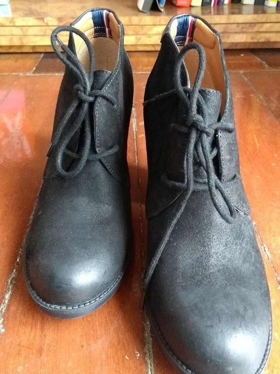 85310319f9 cano curto bota tommy - botas tommy hilfiger.  Czm6ly9wag90b3muzw5qb2vplmnvbs5ici9wcm9kdwn0cy8xnje3nduvnzfmnme2nwi2zwrhnjrkyzbkzdcwmju0ywvhymnmzjkuanbn  ...
