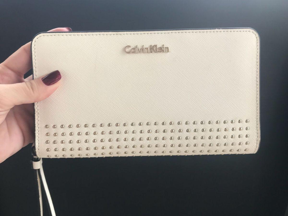Carteira Couro Calvin Klein Off White   Carteira Feminina Calvin ... 68dfcced5f