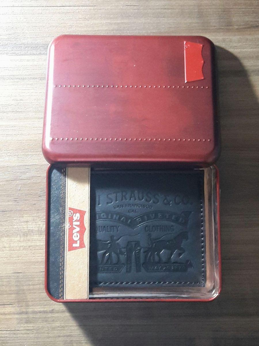carteira levi s preta - carteiras levis.  Czm6ly9wag90b3muzw5qb2vplmnvbs5ici9wcm9kdwn0cy81nzmxmjk3l2i0mwvmndvhmjazodk1mjq5yzmynzqyodgynme3mjaxlmpwzw  ... 77cf41c0c09