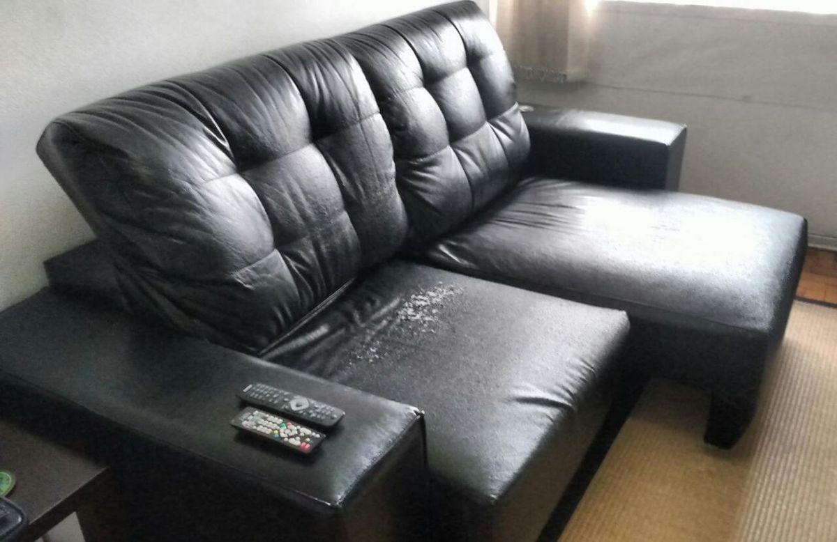 Image of: Sofa 3 Lugares Chaise Retratil Couro Sintetico Sofa Usado 19534266 Enjoei