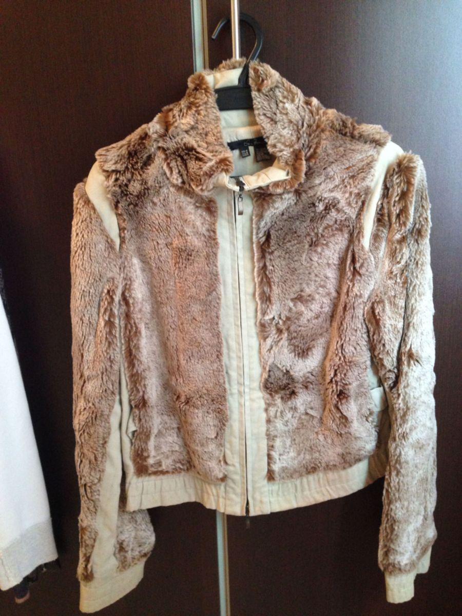 casaco de pele bege zara - casaquinhos zara.  Czm6ly9wag90b3muzw5qb2vplmnvbs5ici9wcm9kdwn0cy81mtiwodivymnjndqwmtrindkwzdllzgfmnjzimtjmnzjjyja2mtquanbn  ... 692a65d027d15