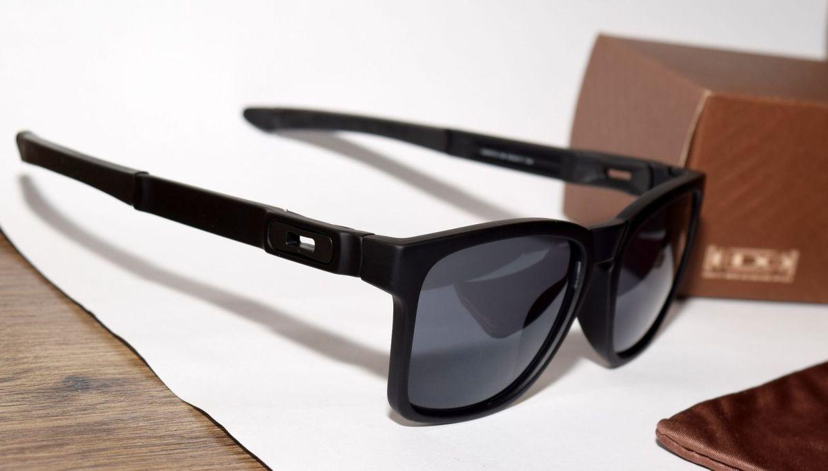Catalyst Preto Lentes Pretas Polarizadas   Óculos Masculino Oakley ... 3a3fac3a00