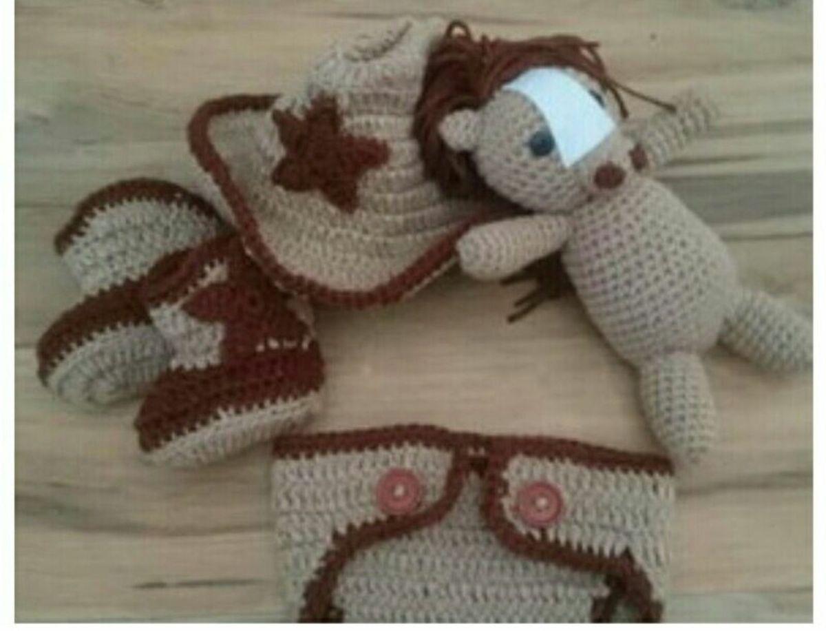 cavalo de crochê newborn - menino sem-marca.  Czm6ly9wag90b3muzw5qb2vplmnvbs5ici9wcm9kdwn0cy84nzk2mju3lznjntjjzweynza0zwqyodcyodzlnduyotuyogvjmzgwlmpwzw c2582440567