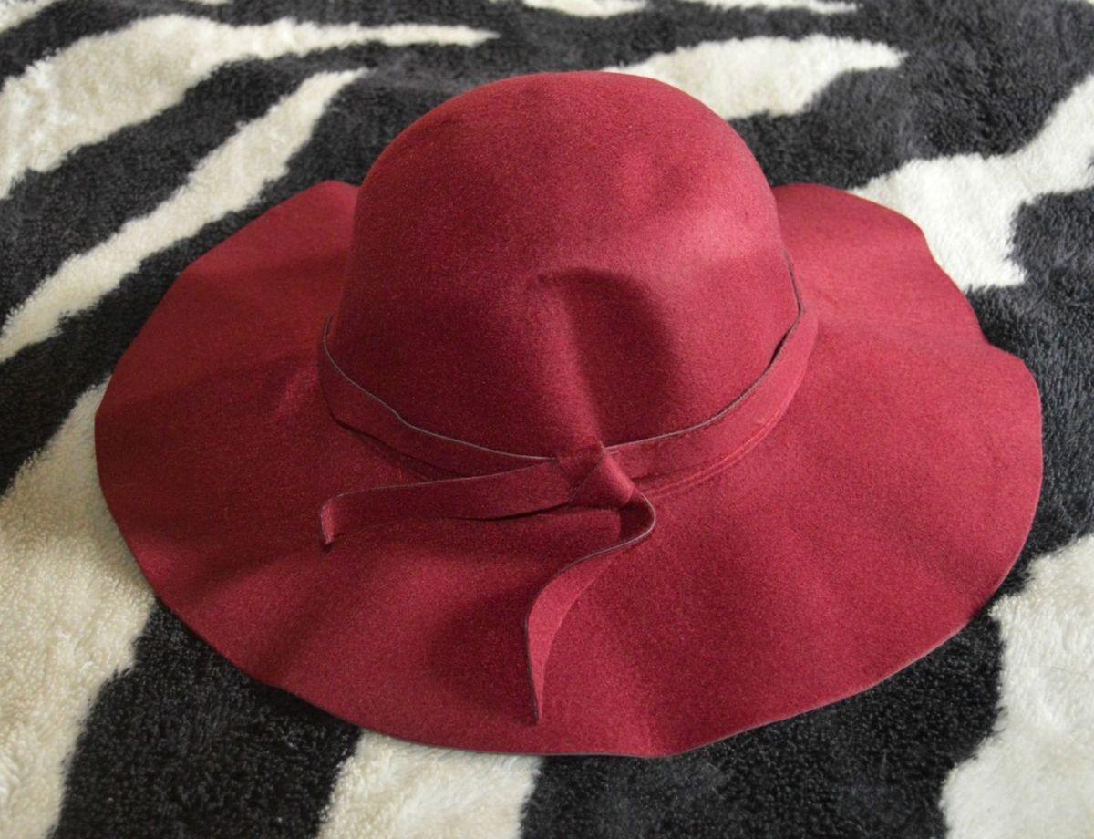 chapéu floppy vintage - chapeu sem marca.  Czm6ly9wag90b3muzw5qb2vplmnvbs5ici9wcm9kdwn0cy81mza1mdk4lzgwntizyte4nji2yte5mdmxyznkm2q1yzq4ndnjnzq0lmpwzw  ... c4ba8596fea