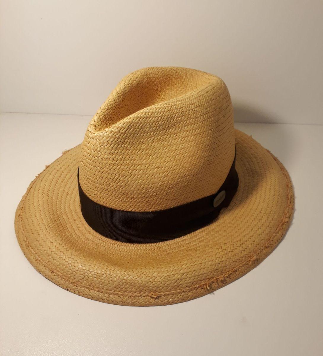 2b964160de491 chapéu panamá - chapeu sem-marca.  Czm6ly9wag90b3muzw5qb2vplmnvbs5ici9wcm9kdwn0cy85mzgxndu5l2q2ytc2njaznzczzdy0ogu2n2zhmtyxntvkmgu3n2nmlmpwzw  ...