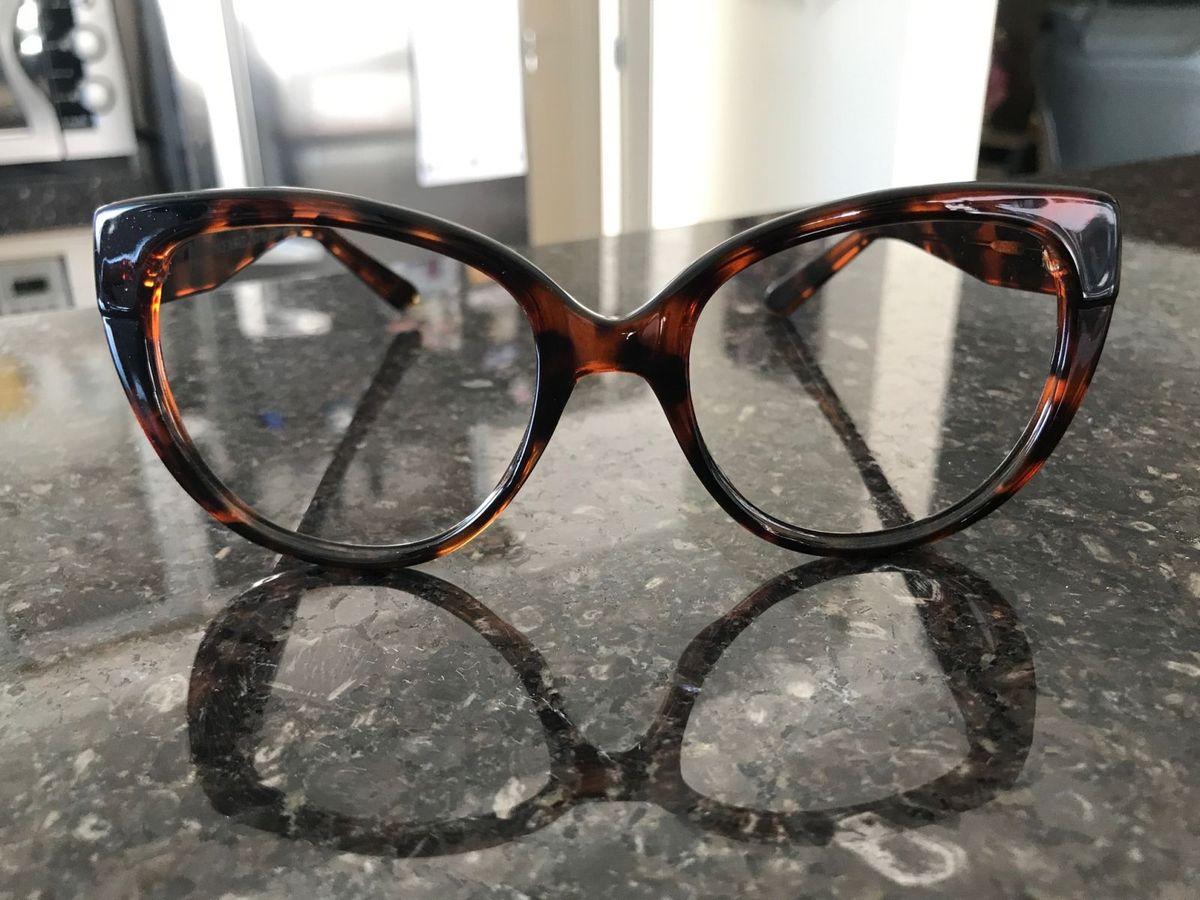 chilli grau - óculos chilli beans.  Czm6ly9wag90b3muzw5qb2vplmnvbs5ici9wcm9kdwn0cy83odm2ntyvndvkn2e1mdzjmti5ngu2nzy0yjy5mgflzjdlywrkmtauanbn  ... 15968a933e