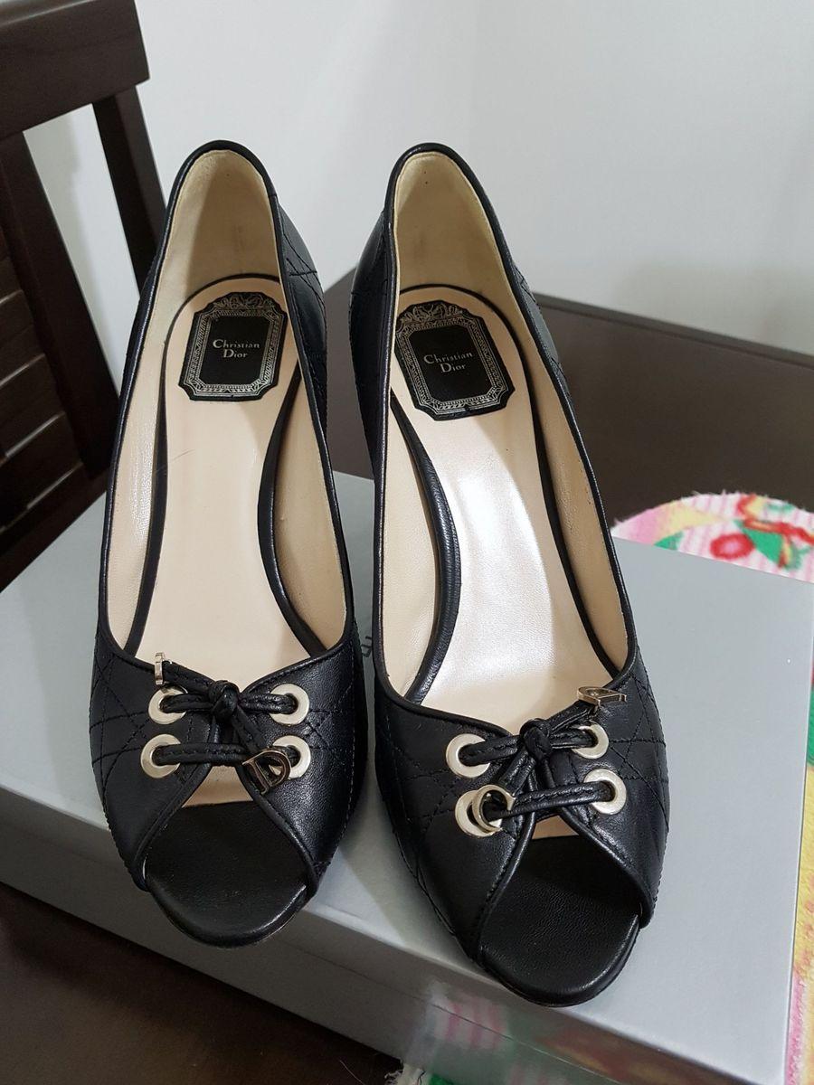 7aae8d8829b christian dior original- scarpin em couro preto - sapatos dior