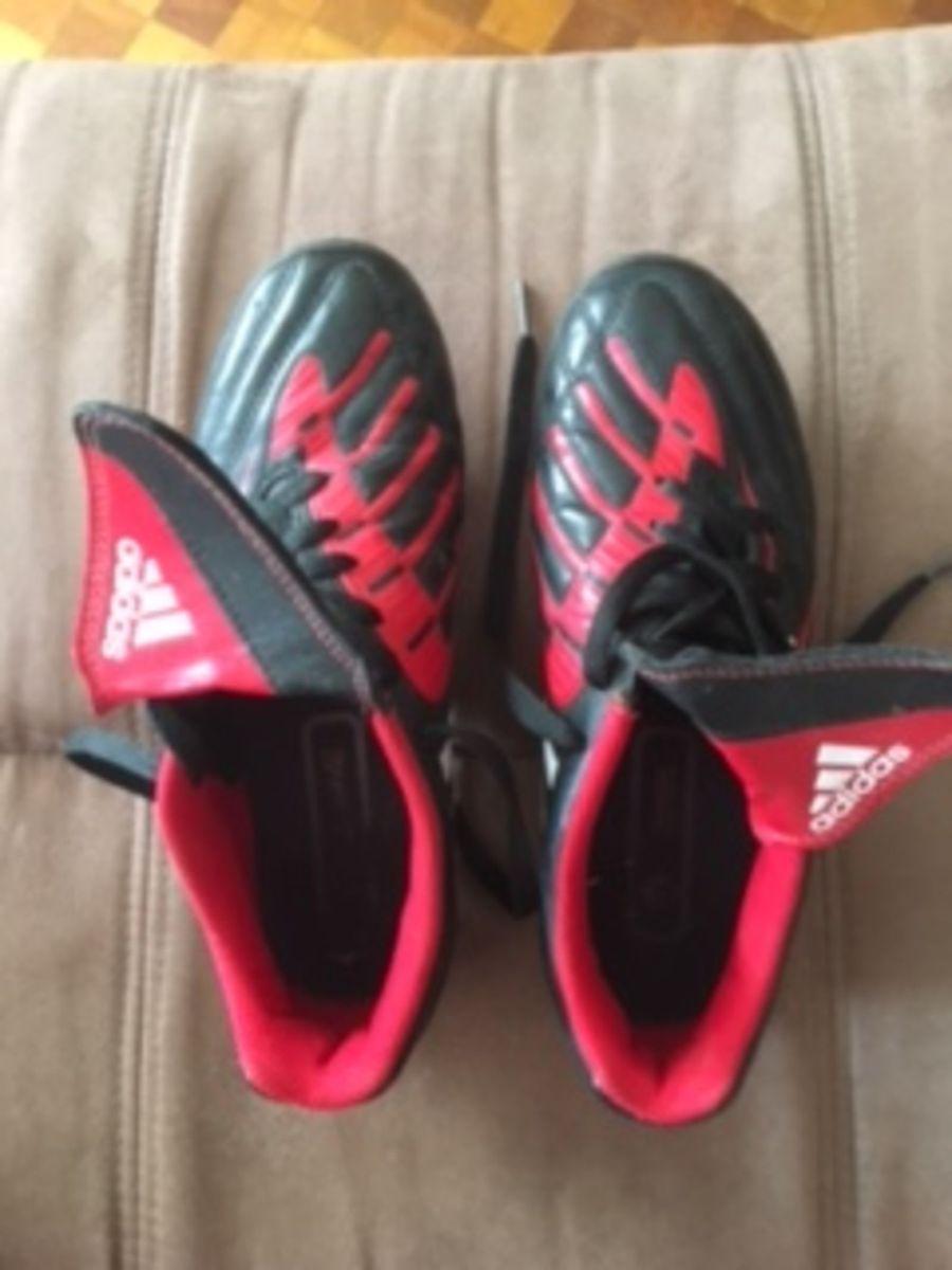 d15d59fa6d Chuteira Adidas