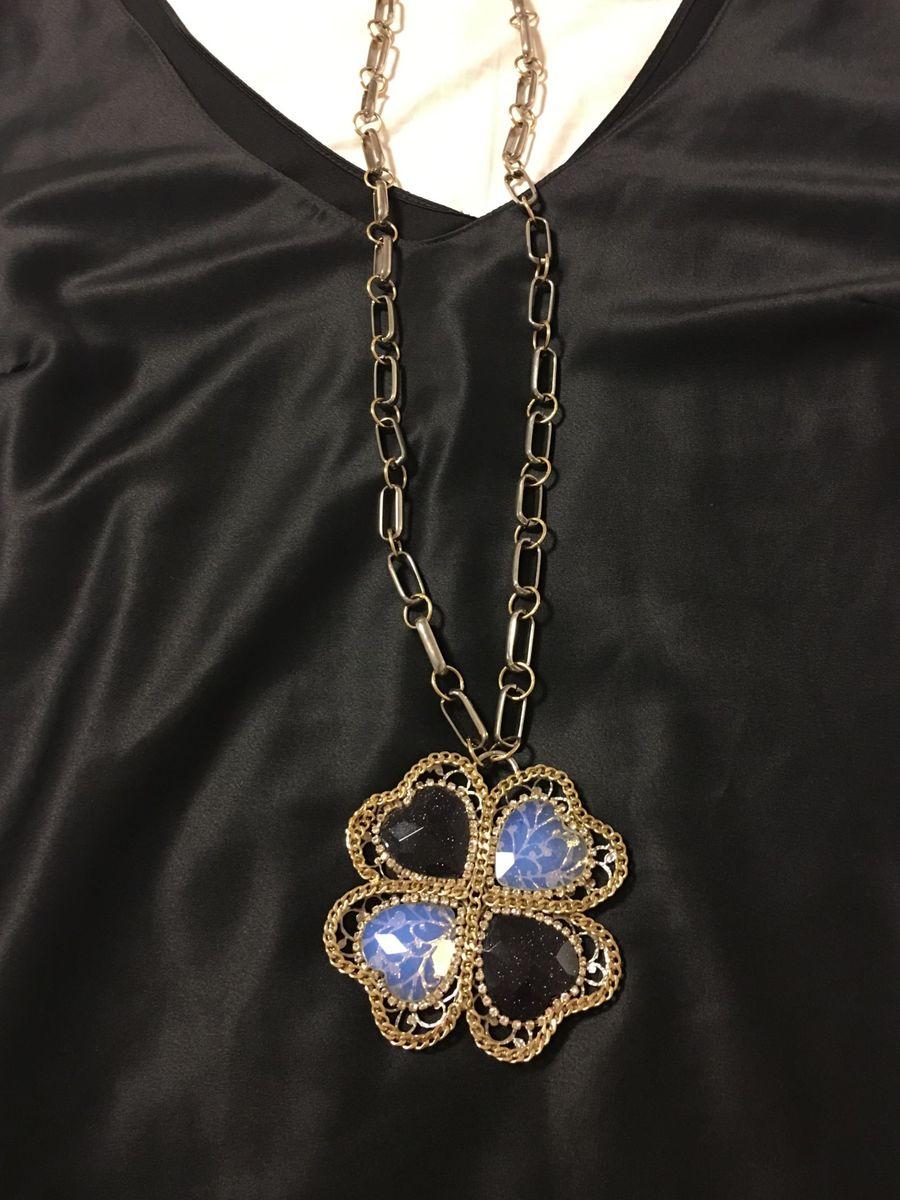colar longo trevo de 4 folhas - jóias sem-marca.  Czm6ly9wag90b3muzw5qb2vplmnvbs5ici9wcm9kdwn0cy83mzuxntyvymrhmgnjmdewzgeynzvmnjdin2m5mjg5mgywmmuyytuuanbn  ... b0f14d6fd5