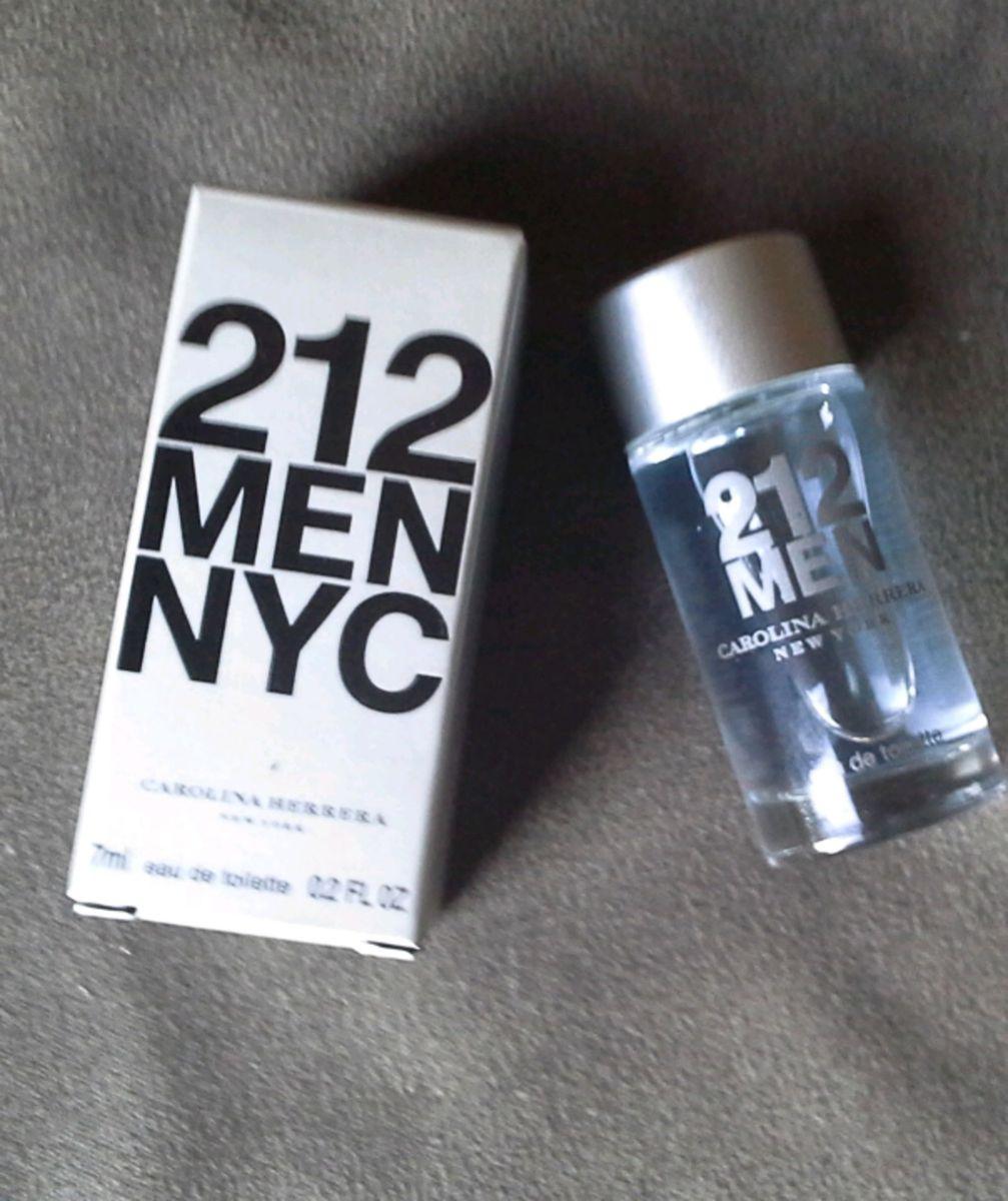 3c4f7bd7a68 212 men 7ml original versão viagem - perfumes carolina-herrera