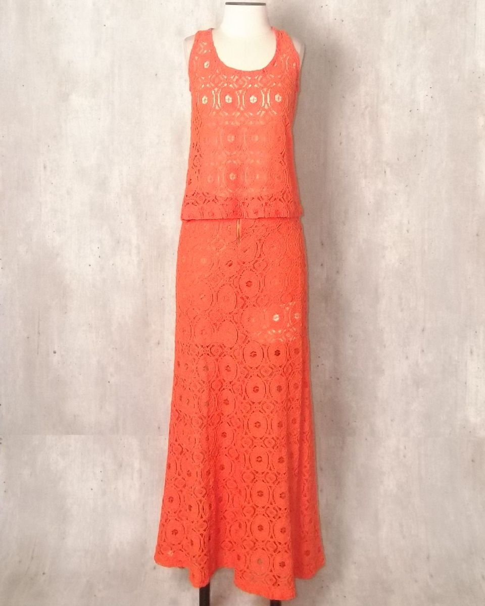 69448b333 conjunto blusa e saia longa laranja renda - blusas vanessa madsen