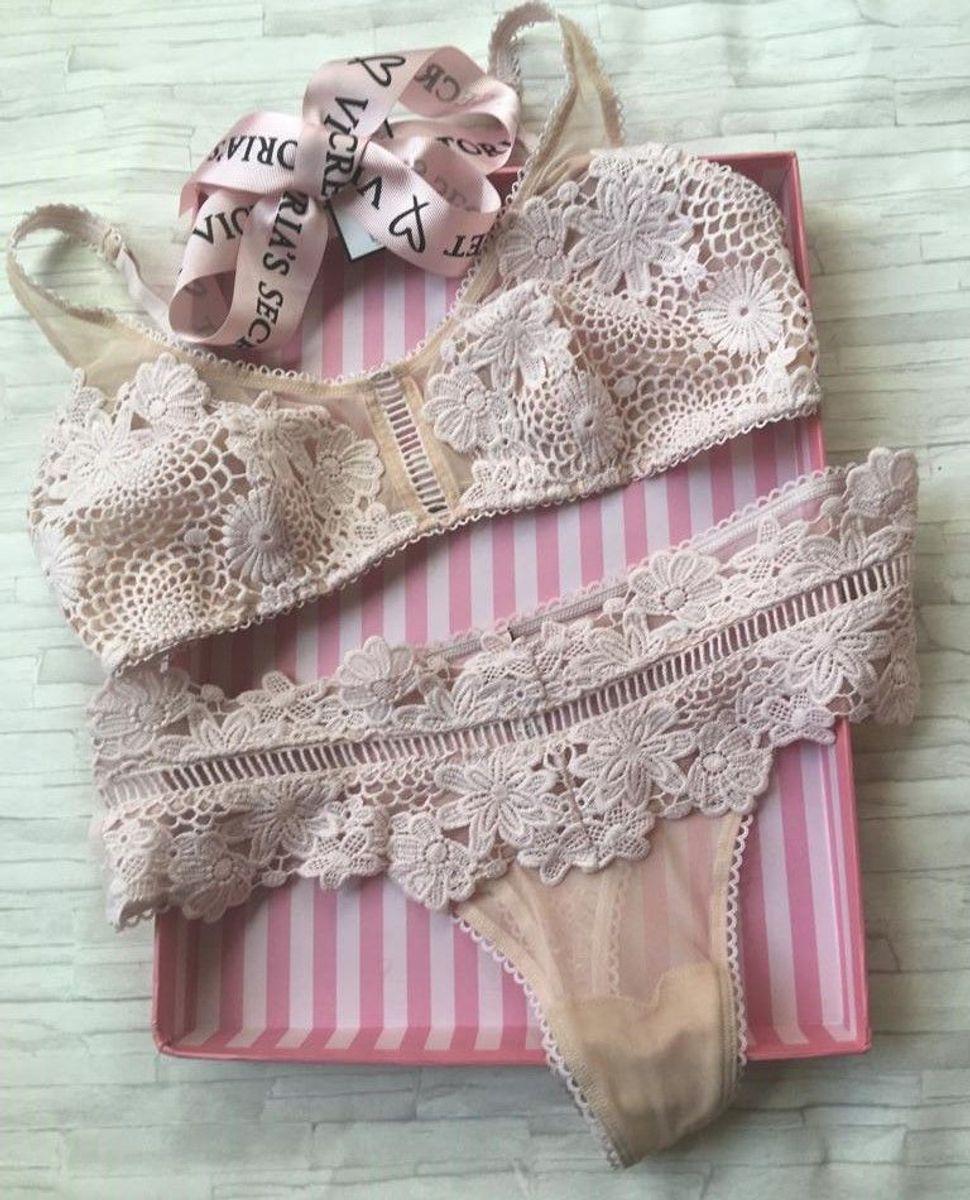 c5882074e conjunto calcinha e sutiã victoria´s secret rendado dream angels m 42 - lingerie  victorias