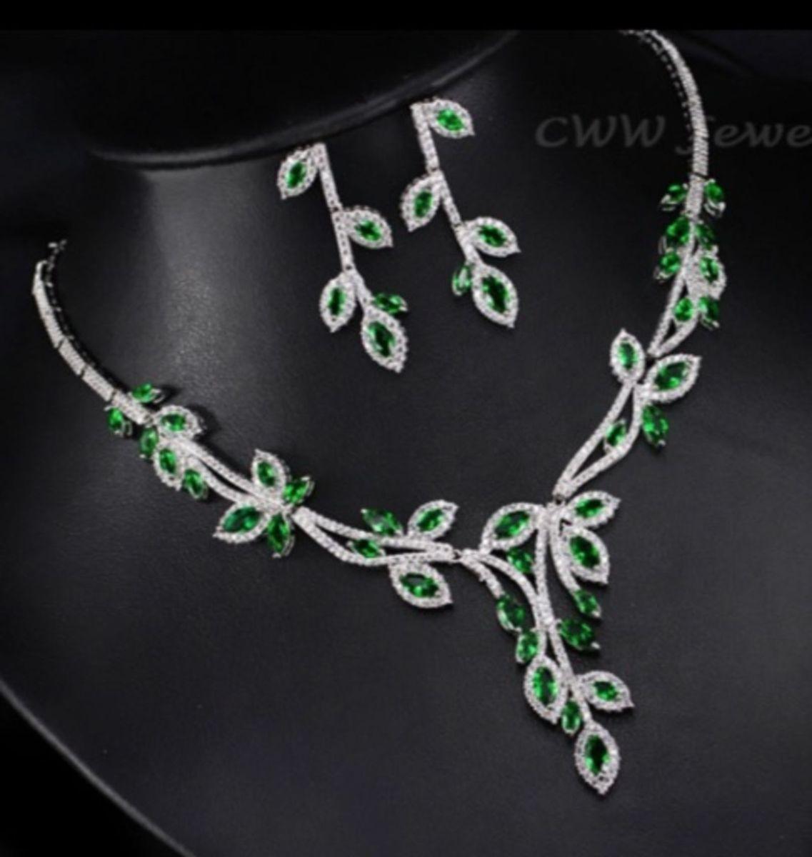 b306038736 luxo - lindo conjunto gargantilha e brincos em zircônias verdes festa  formatura - jóias life