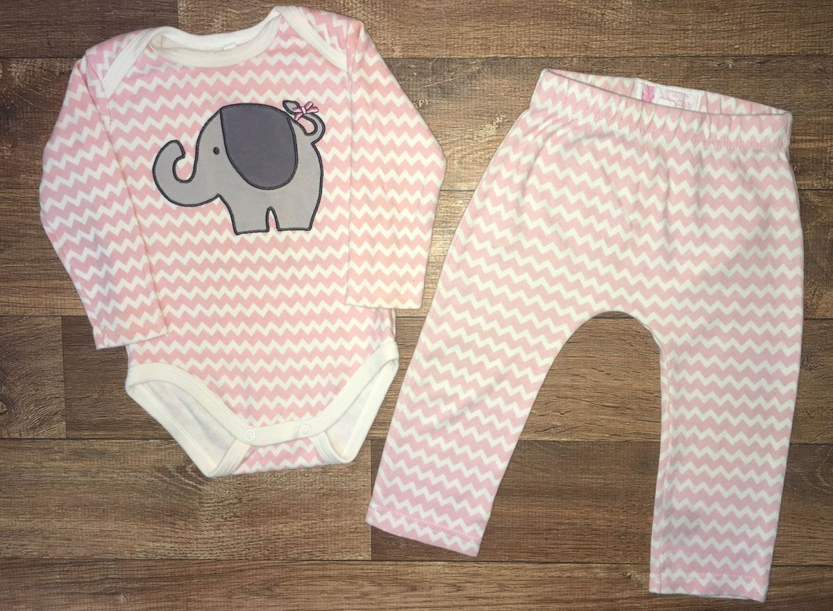 2f25acbf11 conjunto estampa elefante - bebê baby club.  Czm6ly9wag90b3muzw5qb2vplmnvbs5ici9wcm9kdwn0cy83mzq1mjq1lzq0ywq5ndllztuxy2i4ntiyzjq2ntjmnwq4yteymdfllmpwzw  ...