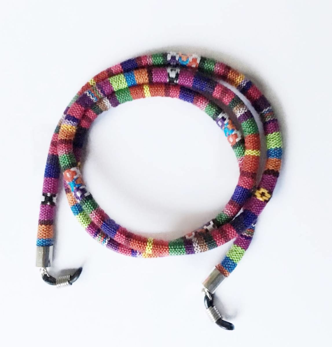 c09dce3d2 ... para oculos colorida wayuu - bijoux daycosta.  Czm6ly9wag90b3muzw5qb2vplmnvbs5ici9wcm9kdwn0cy8ynjiwmjuvzwzinmfkoduyymm4njm4mjdmyju0ywq4ywzjogzhowmuanbn