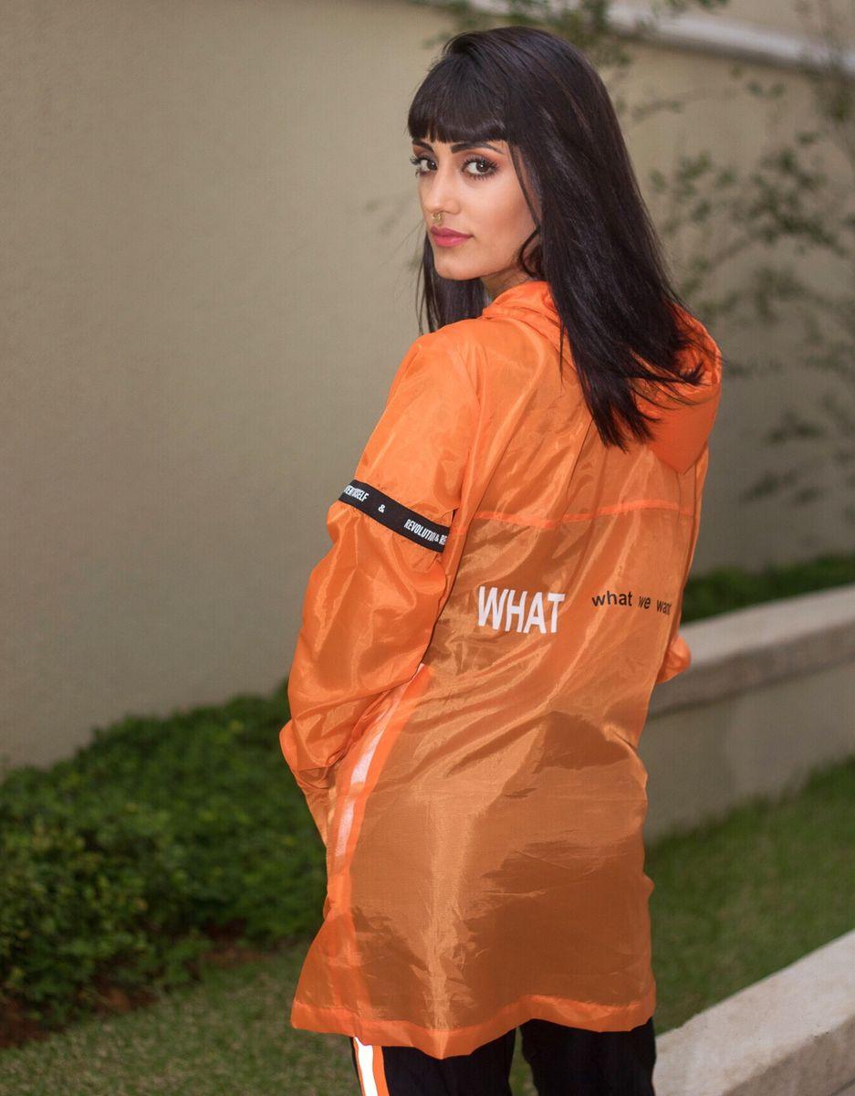 corta vento laranja - casaquinhos sem marca