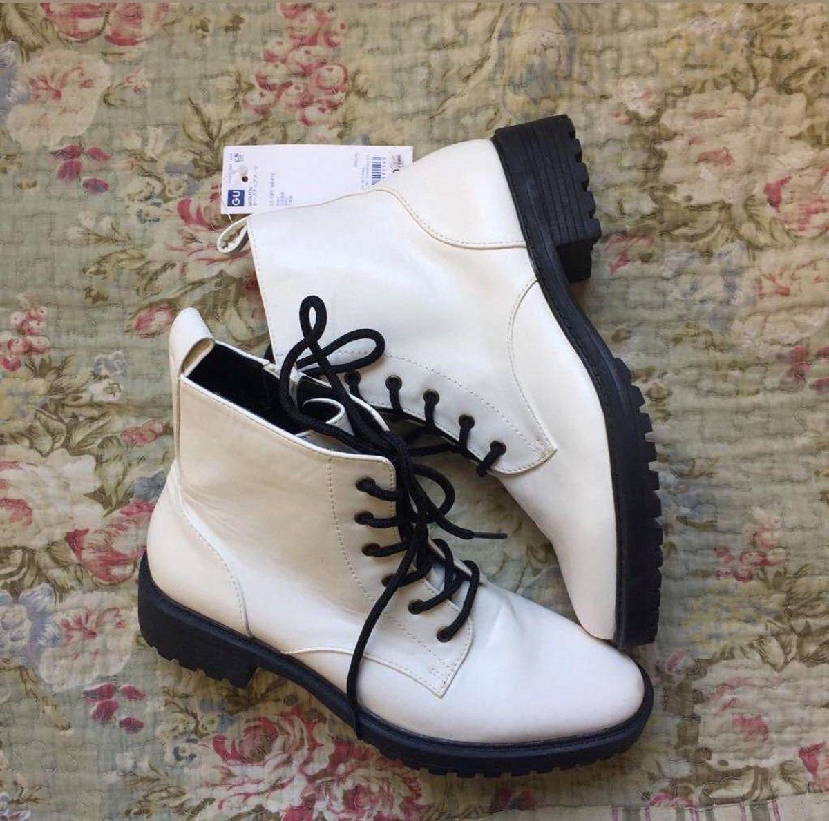 coturno branco - botas gu
