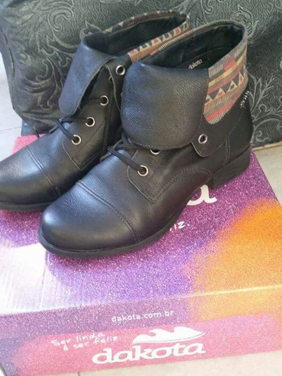 coturno moderno - botas dakota