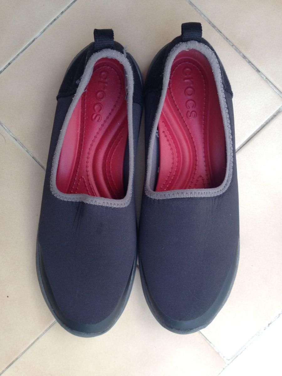 c5af5d3ecc crocs neoprene preto conforto para todas as horas - sapatilha crocs