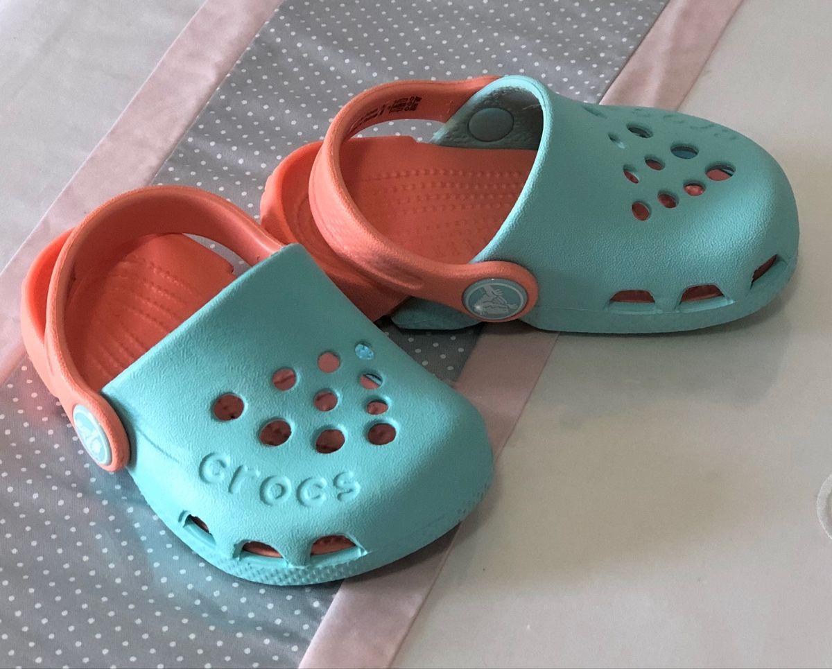 crocs turquesa - bebê crocs