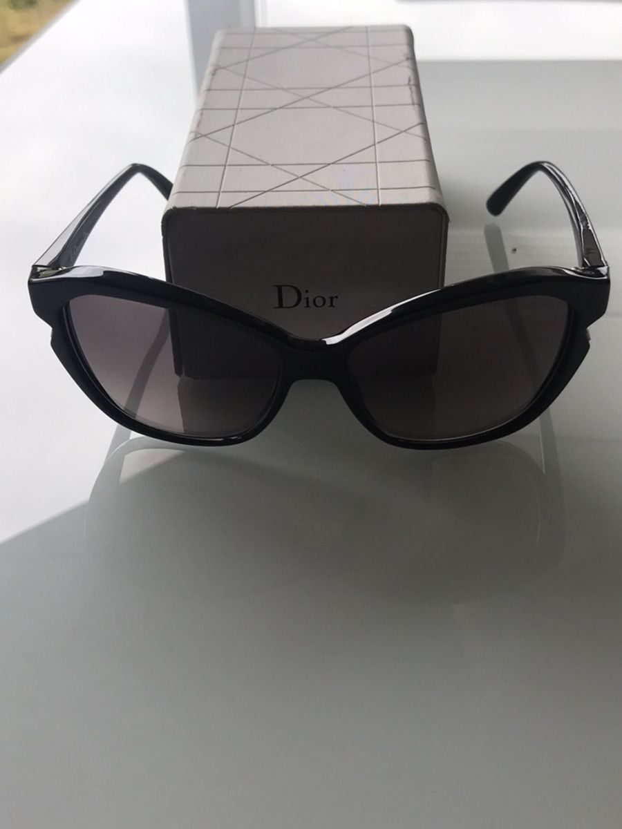 óculos escuros christian dior - óculos dior.  Czm6ly9wag90b3muzw5qb2vplmnvbs5ici9wcm9kdwn0cy84ndg3mtc5lzqzoda1nde0mmm5mzljotviodq4zjjmnmq4yzljotbklmpwzw  ... e00cabfe3b