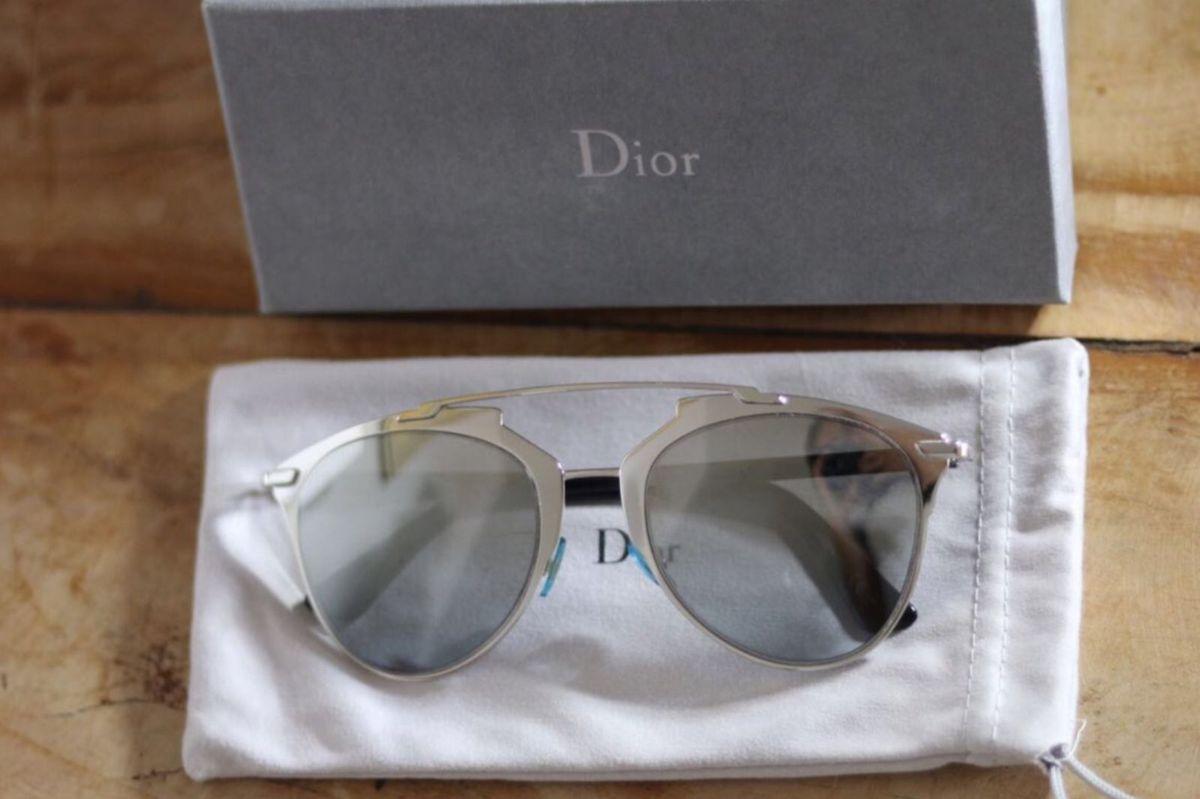 dior reflected - óculos dior.  Czm6ly9wag90b3muzw5qb2vplmnvbs5ici9wcm9kdwn0cy82odyzndizlzm4n2y5zja5nzlkyzqyntzjy2i2mzvinjvlotzhm2zllmpwzw  ... 9276c5bb68