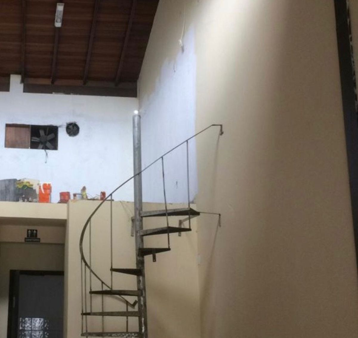 4ee470d4c7 escada de ferro caracol - outros sem marca.  Czm6ly9wag90b3muzw5qb2vplmnvbs5ici9wcm9kdwn0cy8xmtmymtezlzy5yzfjmjg0ywvmmdm0ytm3y2jjyzgwotrjzty5mzg4lmpwzw