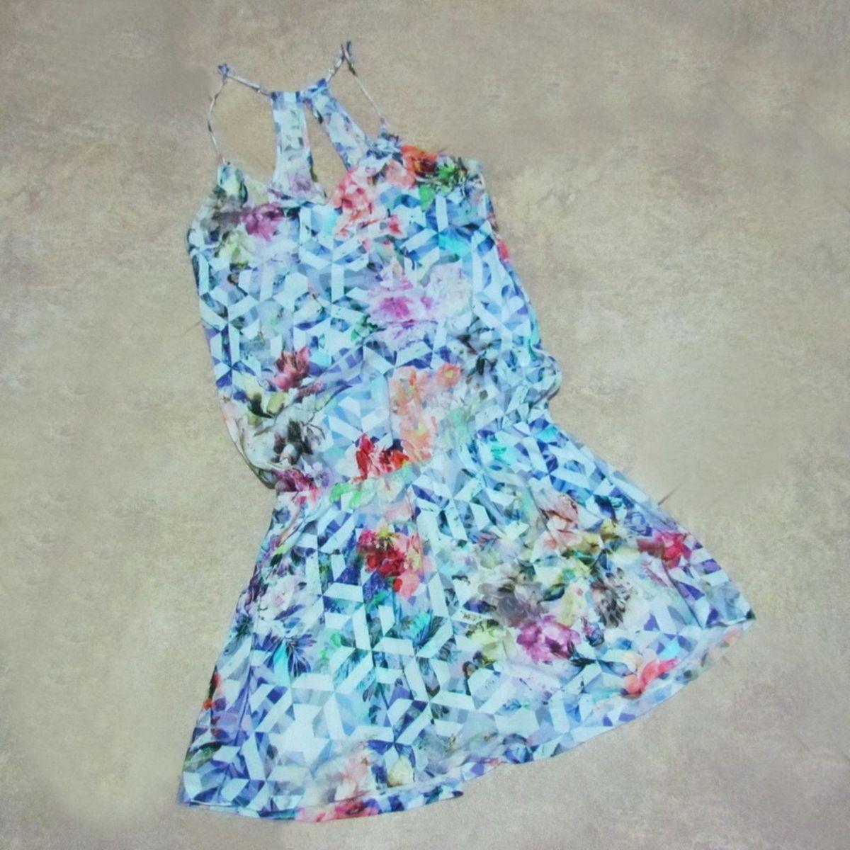 floral curto - vestidos sem marca