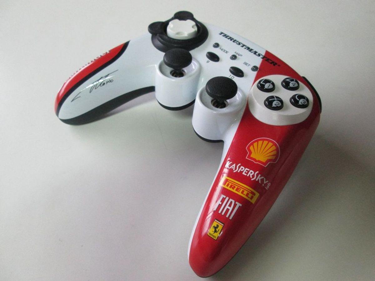 controle thrustmaster f1 wireless f150 itália/alonso edição limitada - pc/ps3 - consoles thrustmaster
