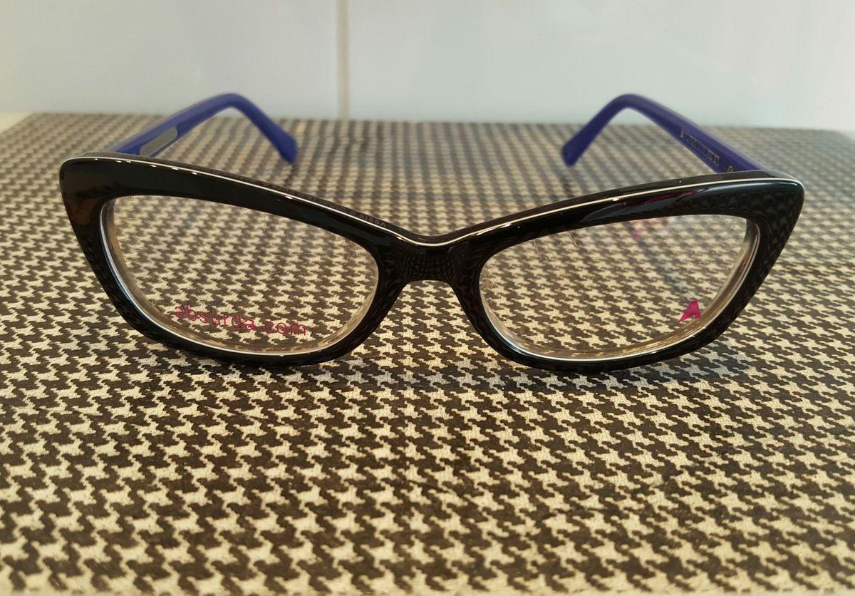 gatinho retangular preto - óculos absurda.  Czm6ly9wag90b3muzw5qb2vplmnvbs5ici9wcm9kdwn0cy8xnjazmdcvm2jknwi2zjazowiyy2fmm2e1ytnlzjqynty5mtrlzteuanbn  ... 026e5e791b
