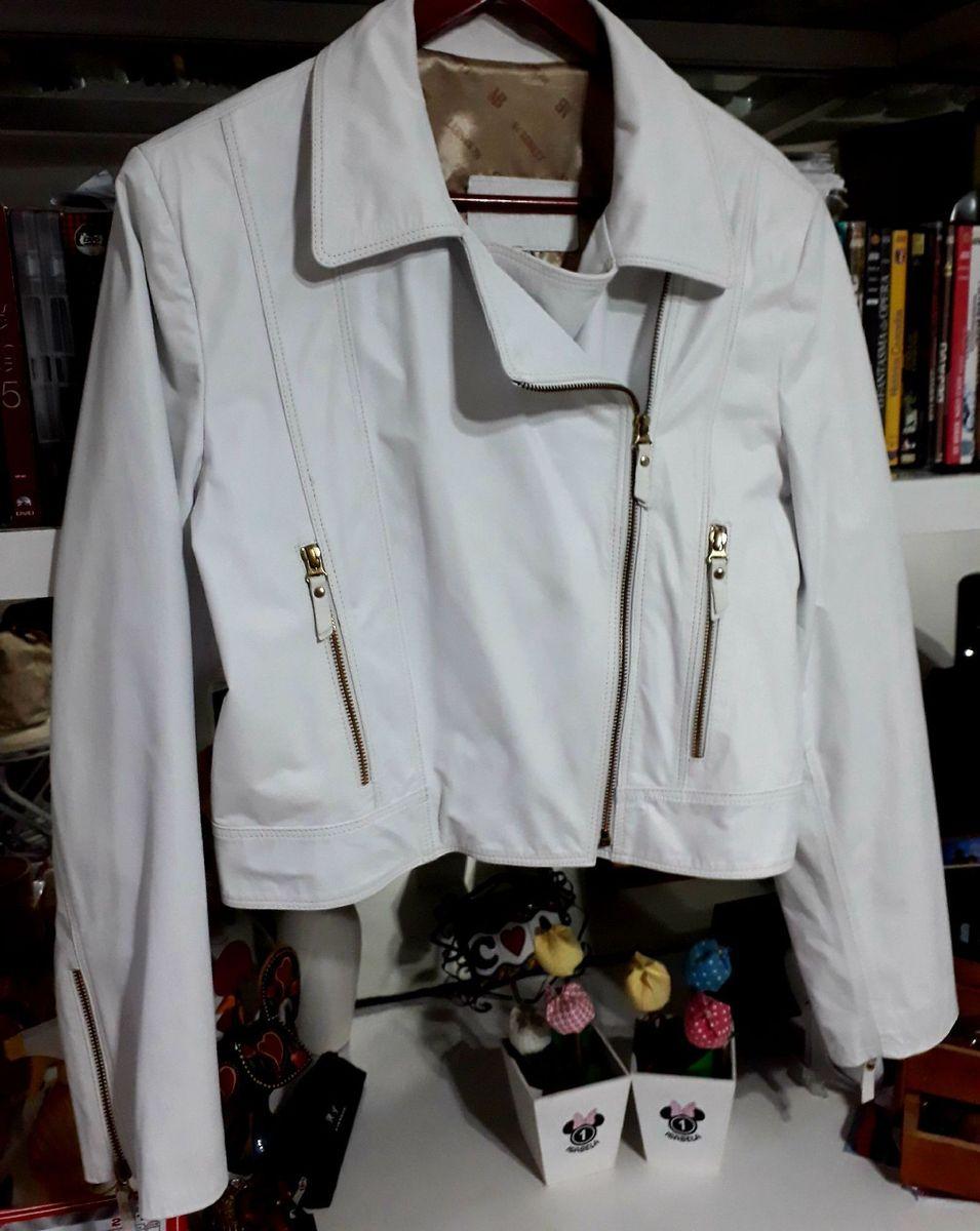 jaqueta branca em couro legítimo - casaquinhos mc benett. gramado/rs