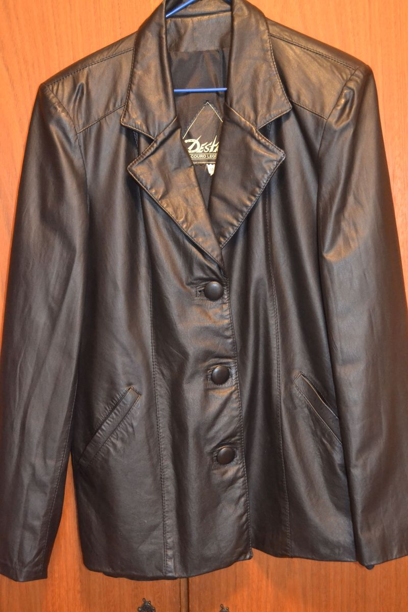 jaqueta de couro feminina preta - casaquinhos destak 395f2fea37f