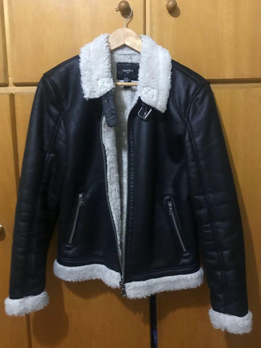 c40dd8dfd14 jaqueta preta forrada - casacos forever21.  Czm6ly9wag90b3muzw5qb2vplmnvbs5ici9wcm9kdwn0cy80mjm2mtuvmwq2zdewogm5y2i0mdk1yme0yzi0nzm5yzayntljmgiuanbn  ...