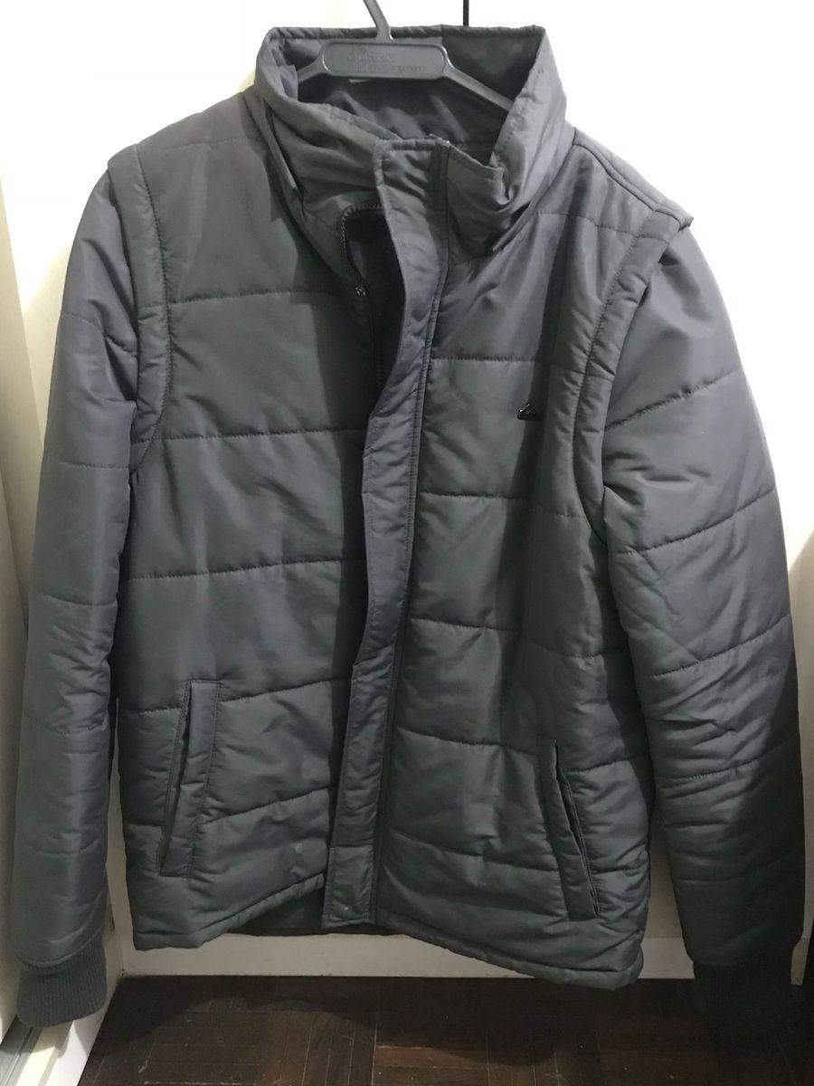 jaqueta quiksilver cinza - casacos quiksilver.  Czm6ly9wag90b3muzw5qb2vplmnvbs5ici9wcm9kdwn0cy84njaxmze2lzjimte3nmrmyzcxnzu1nznizmqymzniymm0m2zkzjfjlmpwzw  ... 0d6c7a8e635