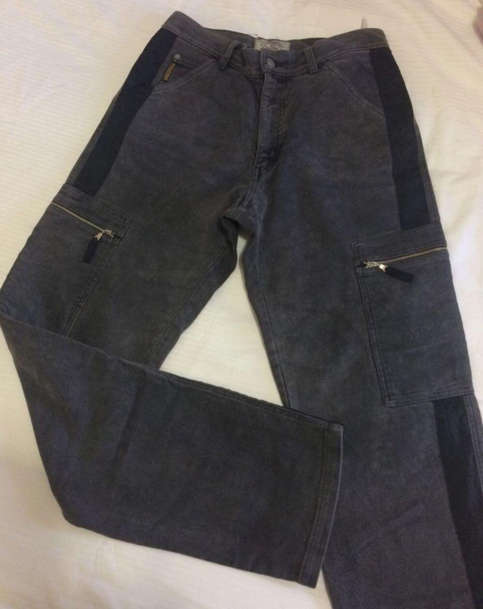 jeans milano - calças armani.  Czm6ly9wag90b3muzw5qb2vplmnvbs5ici9wcm9kdwn0cy83ntu3mdu0l2u5nmy1zdjmnmi2zddlmjyxyzfkzjg4nzk0ogzjnty1lmpwzw  ... 8b6c437bcecf4