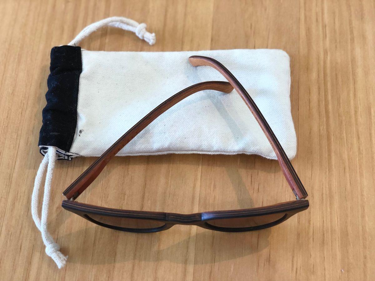 f1cb15065f007 Jiro . Óculos de Sol   Madeira Zerezes   Óculos Masculino Zerezes Usado  31877858   enjoei