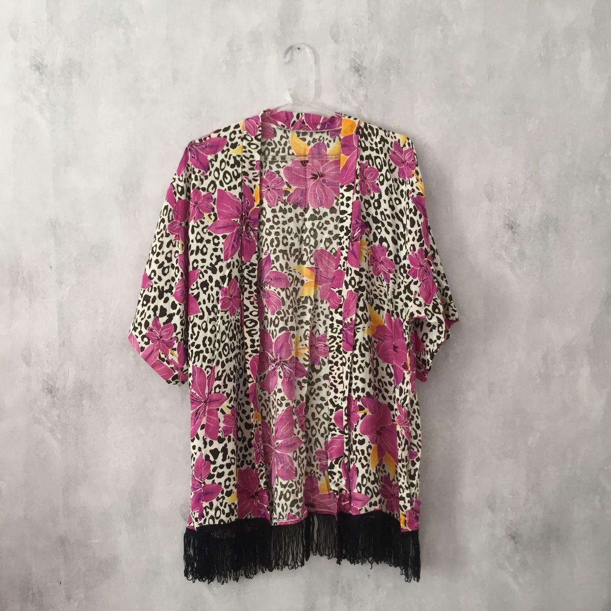 kimono oncinha e floral - blusas sem marca