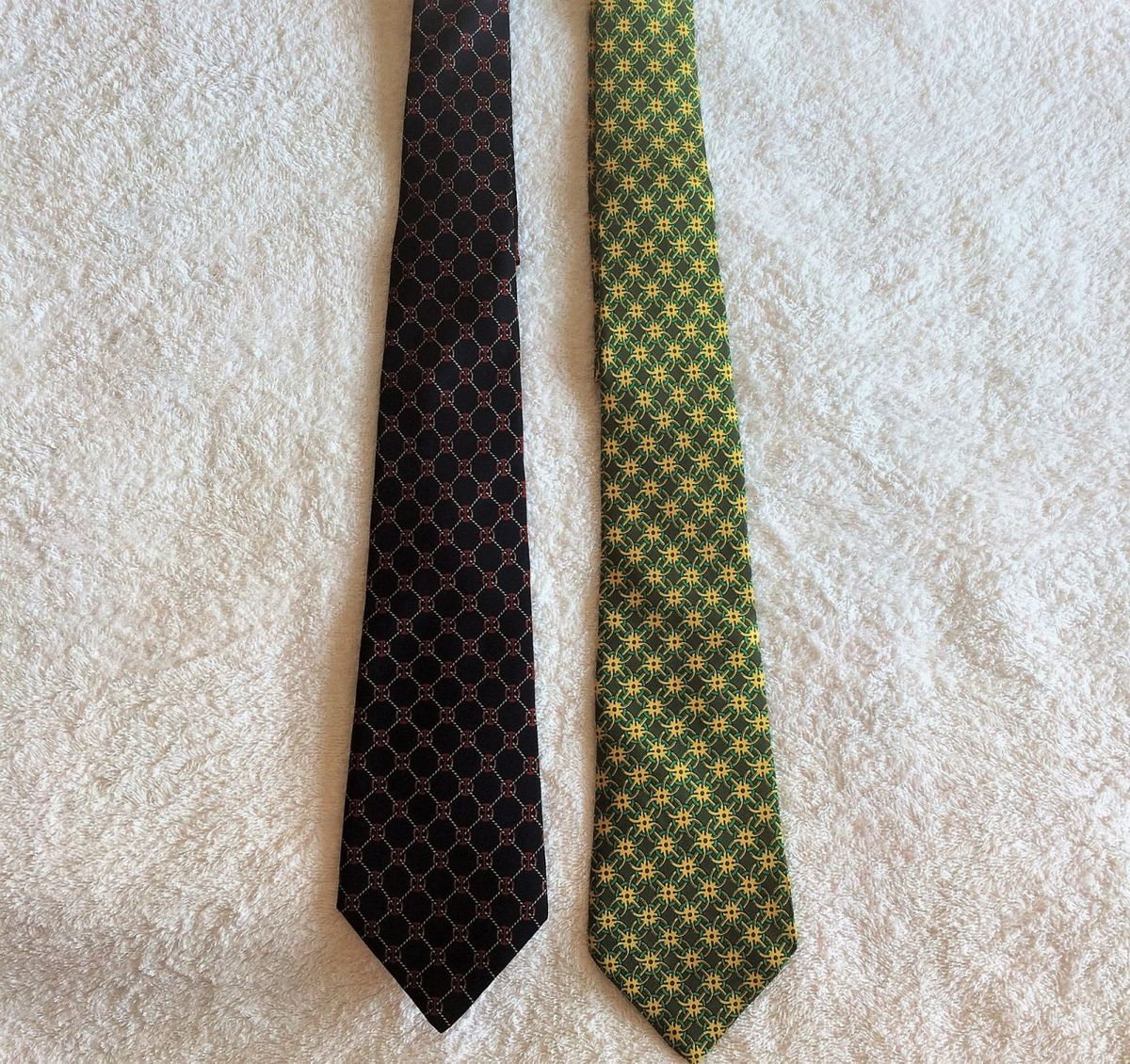 3492a1ccbd5b4 kit com gravata hermes e gucci originais usada - outros gucci-hermes