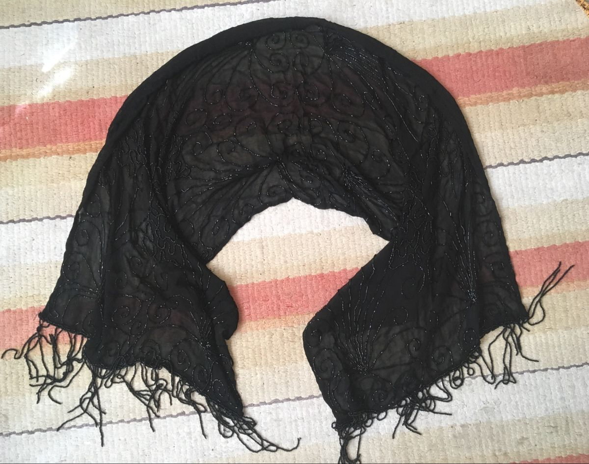 lenço de festa com miçangas - lenços sem marca