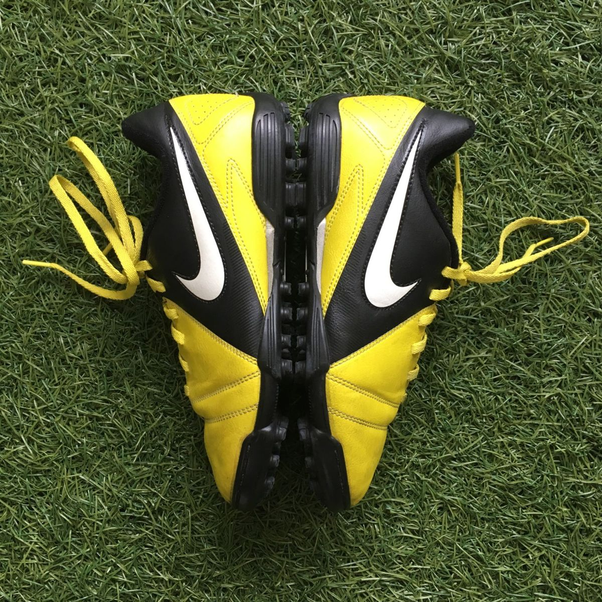 5875dba55b Linda Chuteira Society Nike 35!