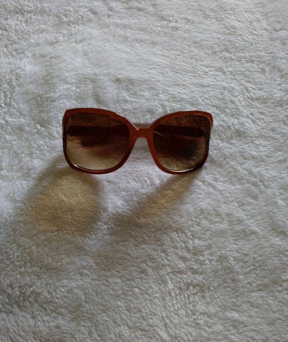 3a74ba42c lindíssimo óculos escuros com excelente proteção uva e uvb e lentes de  descanso! novo!