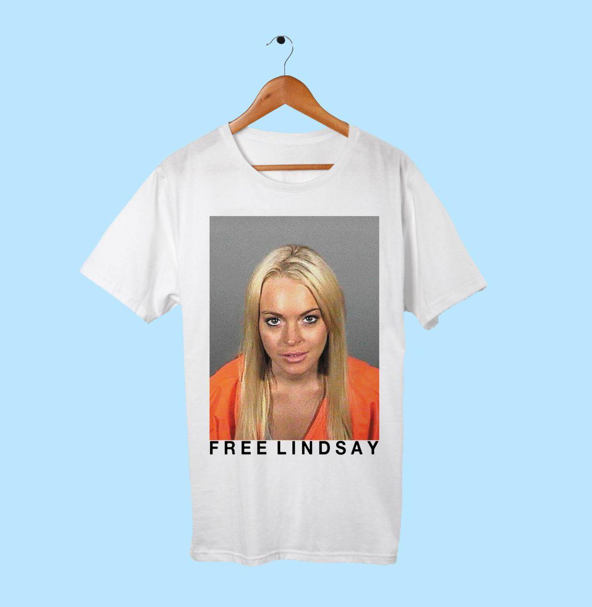 e7d73997c lindsay lohan - camisetas affection store.  Czm6ly9wag90b3muzw5qb2vplmnvbs5ici9wcm9kdwn0cy8yotu3oc9jnduwodg2otflm2rhngrlndmznwe2ntg4yja2ogi3yy5qcgc