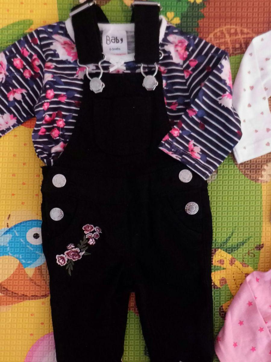 3073c63e4 lote de roupas importadas - bebê primark.  Czm6ly9wag90b3muzw5qb2vplmnvbs5ici9wcm9kdwn0cy81odkwndm2lzi4mjjkmddlntexntzmmgu0zdg5yzy1mde0mdrmnjizlmpwzw