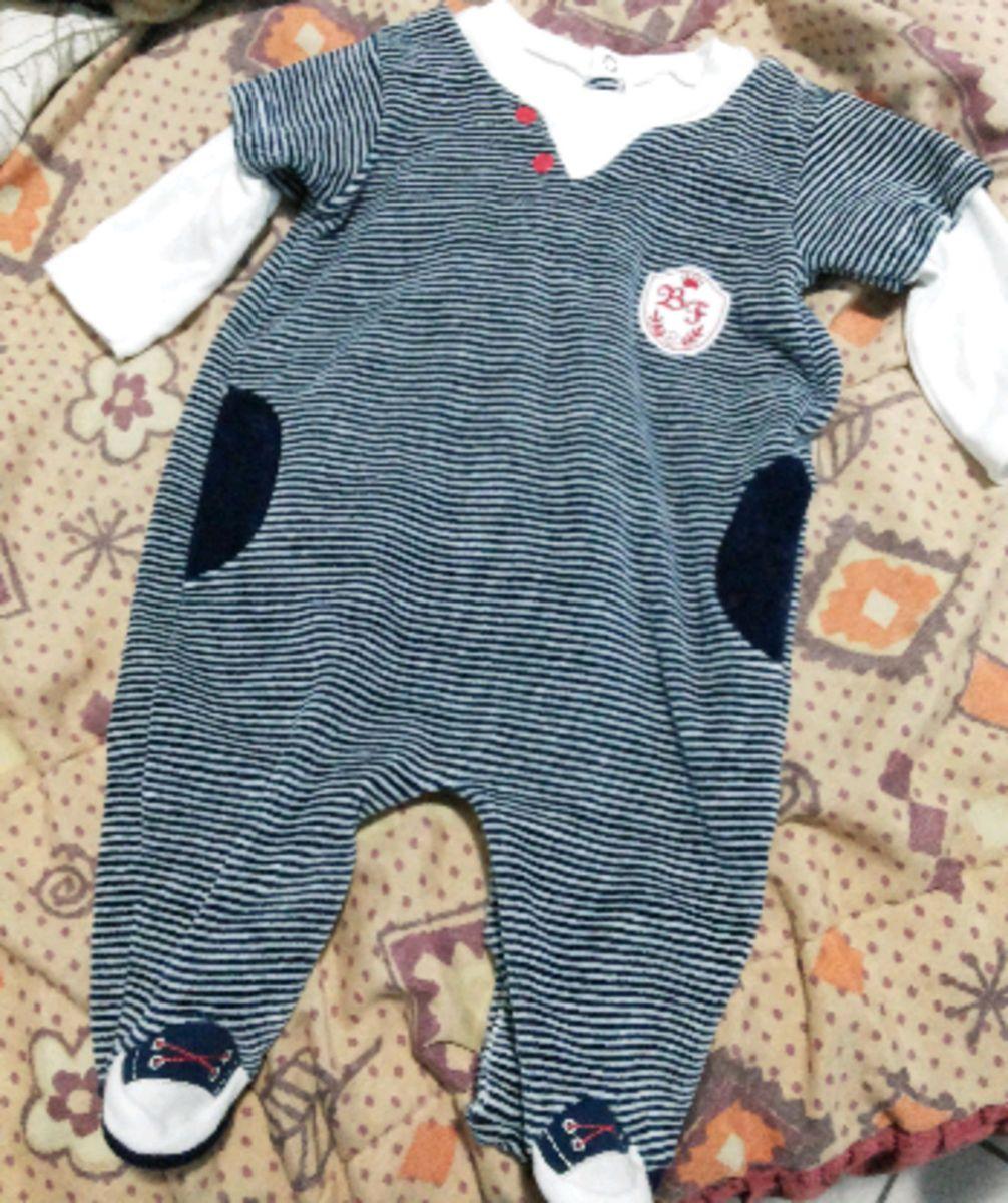 macacão masculino listrado - bebê sem marca.  Czm6ly9wag90b3muzw5qb2vplmnvbs5ici9wcm9kdwn0cy80ndg1ote0lza1mtuzmduymwqzmwnhnmviotfhy2e0zde0oduwnzzklmpwzw eeae60fd8de