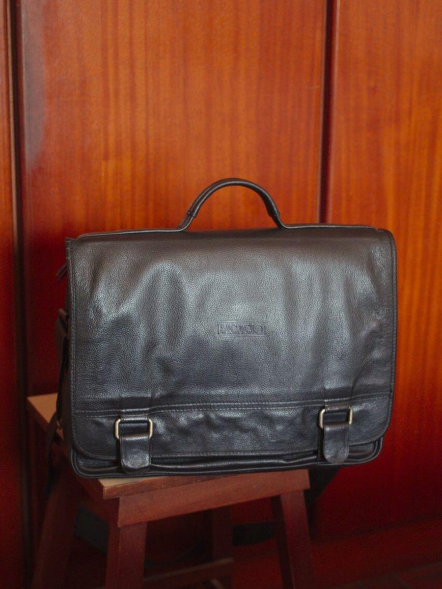 911c61095 mala de couro preta - bolsas bagaggio.  Czm6ly9wag90b3muzw5qb2vplmnvbs5ici9wcm9kdwn0cy80nzuwmzgxlzlmztvhzgzjmdgwyze5nme3ztfmmzgxytzkzdrjn2i1lmpwzw