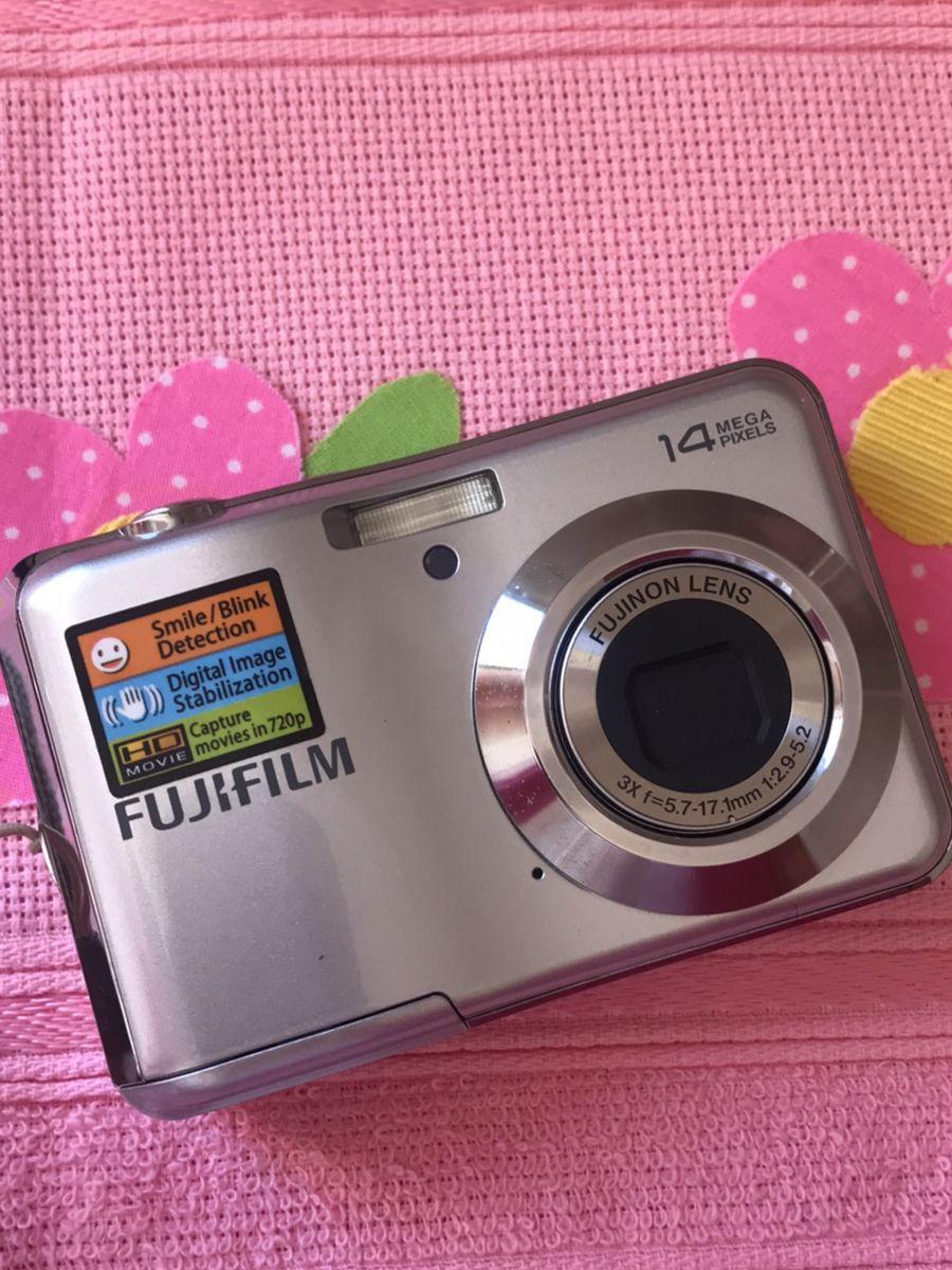 máquina digital fujifilm - vintage e retrô fujifilm