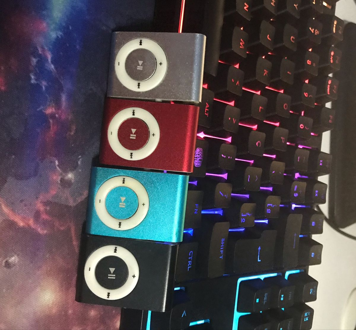 mini mp3 player (4 cores) - música mp3